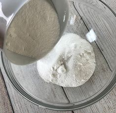 easy-to-make homemade natural dishwasher detergent tabs and they REALLY WORK! Cleans stuck-on food, gets silverware shiny, & glasses sparkling! DIY essential oil recipe for dishwasher detergent tabs. Dishwasher Tabs, Homemade Dishwasher Detergent, Laundry Detergent, Homemade Cleaning Supplies, Cleaning Recipes, Cleaning Hacks, Essential Oils Cleaning, Cleaners Homemade, Diy Cleaners
