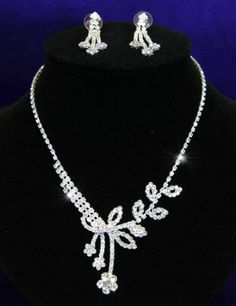 Bridal Wedding Flowers Crystal Silver Plated Necklace Earrings Set S1026