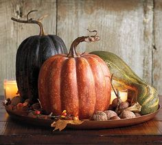pumpkin+centerpiece Decorate with natural items so you can throw them away after the holidays