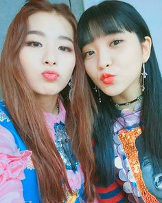 Red Velvet - Seulgi & Yeri #kpop #seulry #selca