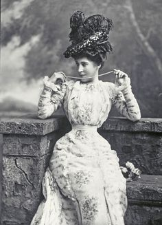 """Lillie Langtry - """"The Jersey Lily"""" - (1853-1929) - Actress, mistress of Edward, Prince of Wales and others. Oooooo, how scandalous this must have been! :O)"""