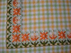 Risultato immagini per broderie suisse Hardanger Embroidery, Hand Embroidery Stitches, Embroidery Patterns, Cross Stitch Patterns, Chicken Scratch Patterns, Chicken Scratch Embroidery, Bordado Tipo Chicken Scratch, Sewing Crafts, Sewing Projects