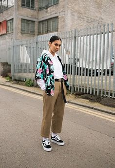 Get a double stack of skate steez with Vans' latest drop: the Old Skool Platform. Vans Old Skool, Vicky Grout, Portrait Inspiration, Style Inspiration, Creeper Style, Urban Fashion Photography, Frayed Hem Jeans, Asos Fashion, Skate Style