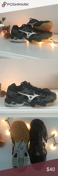 mizuno womens volleyball shoes size 8 x 1 nm low neck