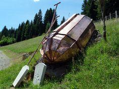 was macht das boot am berg? kunst im skulpurenpark von johannes niesel-reghenzani Johannes, Outdoor Gear, Tent, Environment, Mountain Art, Artworks, Store, Tents