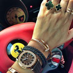 Juste un clou (a.k.a. The Cartier nail bracelet)