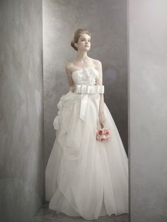 the Newest White by Vera Wang Collection!  (re Photography = dont you just love the lighting!)