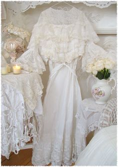 White and Vintage...love it!