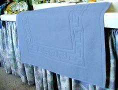 $19.73 MARRIKAS Egyptian Cotton Bath Mat Or Shower Mat BLUE  From Marrikas   Get it here: http://astore.amazon.com/ffiilliipp-20/detail/B001AZODYI/180-9213149-5947358