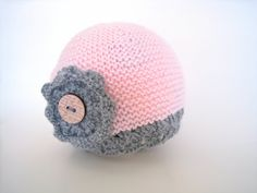 Knitted baby beanie baby girl hat acrylic baby hat, hat with flower, pink and grey baby hat handmade by TinyLoveGifts