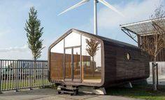 Pequena casa feita de papelão pode durar até cem anos