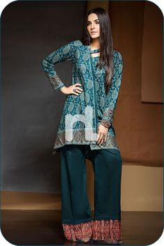 Green Color 2 Piece Unstitched Pakistani Karandi Pret Wear Available For Shopping Online On Discount Rate At Sale By Nishat Linen Winter Collection 2019 Stylish Dresses For Girls, Simple Dresses, Casual Dresses, Fashion Dresses, Winter Dresses, Casual Wear, Casual Outfits, Dress Neck Designs, Stylish Dress Designs