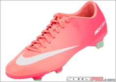 Nike Womens Mercurial Veloce Soccer Cleats Atomic Pink and Atomic Red Womens Soccer Cleats, Soccer Gear, Soccer Boots, Football Shoes, Nike Soccer, Football Cleats, Soccer Stuff, Pink Soccer Cleats, Girls Football Boots