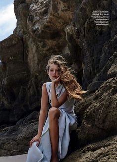 Model Bella Brown Wears Beach Beauty In Simon Upton Images For Marie Claire Australia February 2017 — Anne of Carversville - Photography, Landscape photography, Photography tips Beach Photography Poses, Beach Poses, Beach Portraits, Editorial Photography, Beach Fashion Photography, Beach Editorial, Editorial Fashion, Strand Editorial, Marie Claire Australia