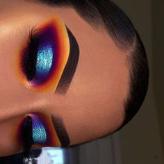 21 Stunning Makeup Looks for Green Eyes Bright Eye Makeup, Makeup Eye Looks, Eye Makeup Art, Colorful Eye Makeup, Beautiful Eye Makeup, Cute Makeup, Glam Makeup, Pretty Makeup, Makeup Inspo