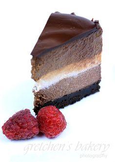No Bake Vegan Tri Layer Cheesecake:Delicious and easy to make tri layer cheesecake.