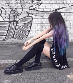 Cr on pic Cute Hair Colors, Hair Dye Colors, Cool Hair Color, Pastel Hair, Purple Hair, Ombre Hair, Aesthetic Hair, Coloured Hair, Dye My Hair
