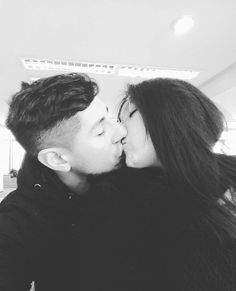 """Te quieroadoroloveyou so much amor ❤❤ haces de mis días más felices 🙈🙈 . . . #blackandwhite #boyfriend #love #goals #amazing #happiness #black #white #pololo #inlove #instagood #instadaily #instalove #l4l #likeforlike #like4like #instalike #photography #photooftheday #picoftheday #selfie #amor #perfect #instachile"" by @bloodneverliesd. #capture #pictures #pic #exposure #photos #snapshot #picture #composition #pics #moment #focus #all_shots #color #foto #photograph #fotografia…"