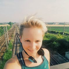 It was such a wonderful run yesterday morning with the morningsun in my back feeling this great source of life.  Today I am going to join a #chakra workshop. I'm exited and curious  #running #instarun #fitfam #perfectdaystart #passion #fitnessblogger #austrianblogger #yoga #energy