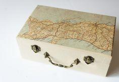 DIY travel memories box!