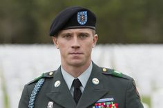 Garrett Hedlund has one of the year's best supporting performances in Billy Lynn's Long Halftime Walk, the first film shot in at 120 frames. Garret Hedlund, Billy Lynn, Chris Tucker, Ben Hardy, In And Out Movie, Boy Tattoos, Having A Bad Day, Hugh Jackman, Attractive Men