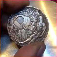 Hand Carved Coins Choses Cool, Drawings For Boyfriend, Hobo Nickel, Coin Art, Cool Gadgets To Buy, Cool Inventions, Mask Design, Easy Drawings, Hand Carved