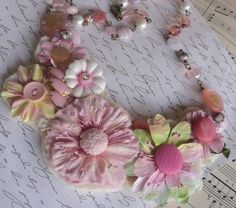 PINK POSEYS AND VINTAGE BUTTON NECKLACE