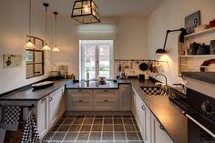 Hofhaus 1890, Küche: Landhausstil Küche Von Lichters Living