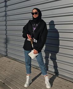 ideas fashion hijab summer outfit ideas for can find Street hijab fashion and more on our ideas fashion hijab summer outfit ideas for 2019 Casual Hijab Outfit, Heutiges Outfit, Modest Fashion Hijab, Modern Hijab Fashion, Street Hijab Fashion, Outfit Look, Hijab Fashion Inspiration, Hijab Chic, Muslim Fashion