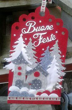 decorazione natalizia con alberi e casette - luisa valent Christmas Makes, Christmas Candy, Handmade Christmas, Christmas Stockings, Christmas Projects, Felt Crafts, Christmas Crafts, Christmas Ornaments, Felt Decorations