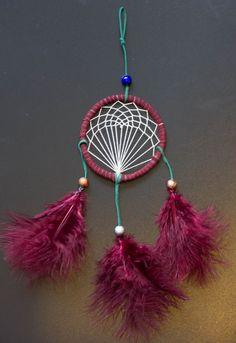 Tree of Life Dreamcatcher Dream Catcher Decor, Dream Catcher Mobile, Dream Catchers, Dreamcatcher Wallpaper, Crochet Dreamcatcher, Cute Crafts, Yarn Crafts, Diy Crafts, Dream Catcher Tutorial