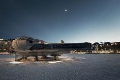 The Moon and Jupiter Over Helsinki by Avanaut / Vesa Lehtimäki.More about star wars here.