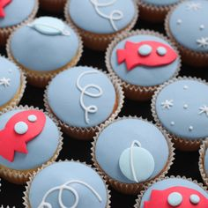 space cupcakes by hello naomi, via Flickr