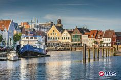 Wie wäre es mit einem Ausflug nach #Kiel?  Im 3-Sterne #Hotel Berliner Hof könnt ihr ein paar herrliche Tage genießen und bezahlt für ein Doppelzimmer inklusive Frühstück nur 59€. Unternehmt einen Spaziergang am Hafen und bestaunt die an- und ablegenden Schiffe, bummelt durch die zahlreichen Geschäfte auf der Holstenstraße oder besucht das Schifffahrtsmuseum am Sartorikai.