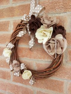 Garland woven wood with applied flowers felt ivory, beige and chocolate, semi-gloss dove-gray ribbon with ivory polka dots