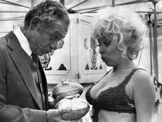 Sidney James and Barbara Windsor on the set of Carry On Girls. Barbara Windsor, 31 Film, Sidney James, Kenneth Williams, Comedy Actors, Comedy Movies, British Comedy, Dirty Dancing, British Actresses