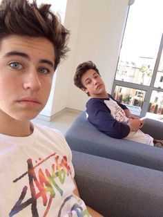 These guys are literally bæ Nash and Cam❤️