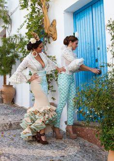 Falda y pantalón de flamenca