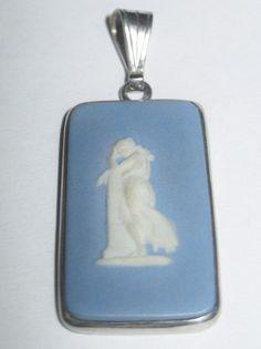 Vintage WEDGWOOD Jasperware Pendant Blue Cameo Set In Silver Faw England P68 #Wedgwood #Pendant