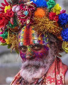 Sadhu, Holi festival This is so beautiful We Are The World, People Around The World, Holi, Beautiful World, Beautiful People, Portraits, Interesting Faces, World Cultures, Happy Sunday