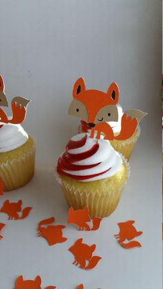 fox cupcake topper you chose the color. Great for birthday parties, baby showers or woodland themed parties! They are made from layers of