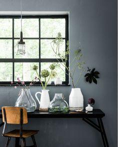 Nieuwe collectie vazen VTWonen Styling: Kim van Rossenberg Fotografie: Sjoerd Eickmans