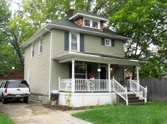 1311 Begole St. Flint, MI. Beautiful colonial for sale with updates and an extra corner lot.  Investors dream!  Spacious 4 bedrooms, hardwood floors and oak trim, newer roof and water tank. Close to Universities, Hurley Med Center. Only $18,500. #forsale #investors #ketteringuniversity #uofmflint #michiganrealtor #remax