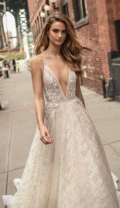 robe de mariée 2018 et décoletté en v