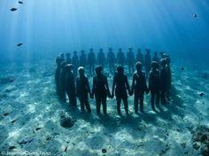 Brilliant underwater sculpture