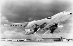 Handley Page Victor B Mk I with Rocket Assisted Take-Off Gear (RATOG), circa 1960