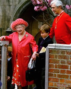 """Aboutprincewilliam:  Prince William about his great-grandmother the Queen Mother-'My favourite photograph of us together is a picture of me aged about nine or 10 helping the Queen Mother up the steps of Windsor Castle. I remember the moment because she said to me: 'Keep doing that for people and you will go a long way in life.'"""""""