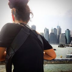 @2dsastres in NY city! Traveling with a comfortable body wallet!