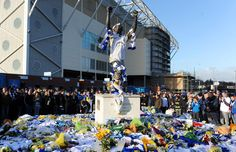 In November 2011 the world of Football was shocked to hear about the death of Gary Speed, a winner of the old 2nd and 1st Division titles whilst at Leeds. In the first game after his death Leeds United fans placed club shirts, memorabilia and cards on the Billy Bremner statue outside Elland Road as a tribute to the man.