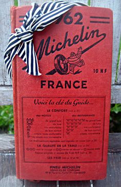 Vintage Michelin Guide - old school foodie France Travel, Guide Book, Travel Guide, Portugal, Nostalgia, My Etsy Shop, This Book, Map, French